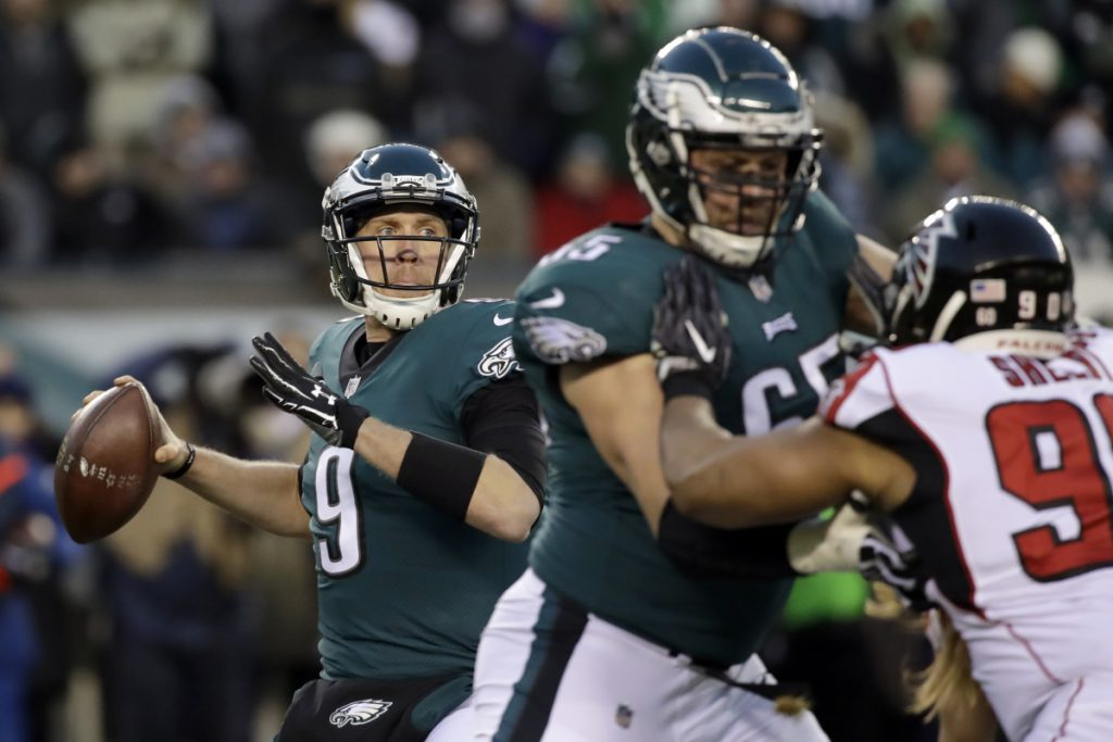 Philadelphia quarterback Nick Foles was 23 of 30 for 246 yards, with no touchdowns or interceptions, and led the Eagles to a 15-10 win over Atlanta on Saturday in Philadelphia.