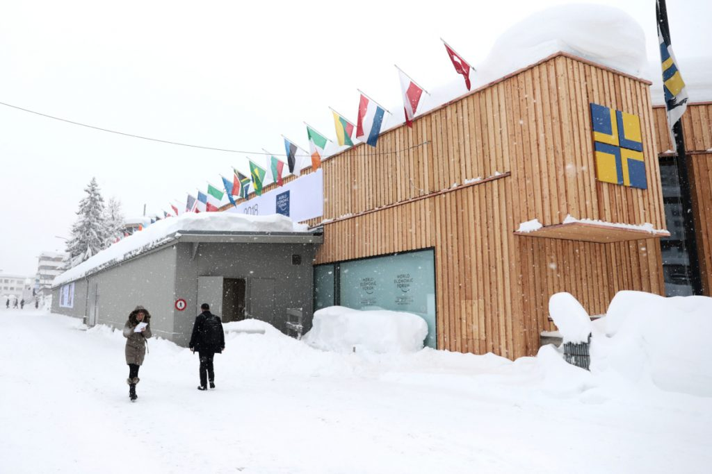 Heavy snow piles up outside the Congress Center ahead of the World Economic Forum (WEF) in Davos, Switzerland, on Jan. 22, 2018. MUST CREDIT: Bloomberg photo by Simon Dawson.
