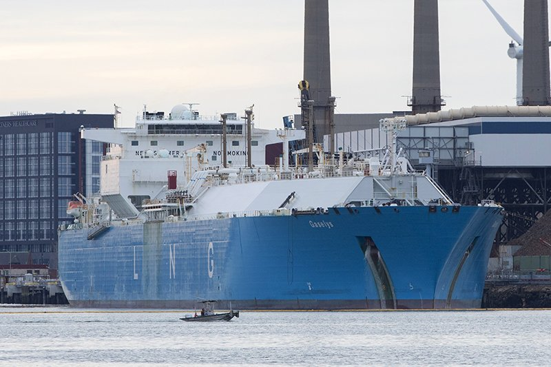 First shipment of Russia's liquefied gas arrives in US - Vessel Tracking Service