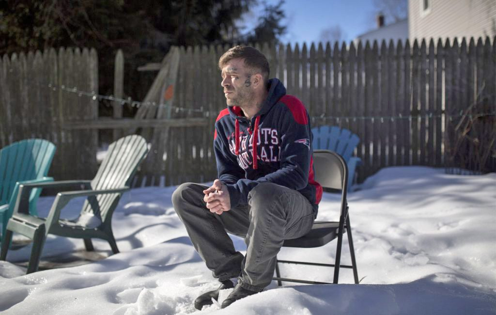 A recovering opioid addict in Portland, 33-year-old Arron Veysey credits Roxanne Gullikson and her marijuana- and kratom-based treatment program with helping him kick his habit. But addiction treatment experts say there's no research to support its effectiveness.