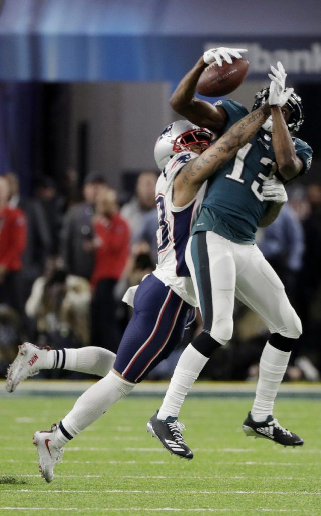 Eagles wide receiver Nelson Agholor makes a catch against New England safety Patrick Chung during Philadelphia's 41-33 win Sunday night in the Super Bowl