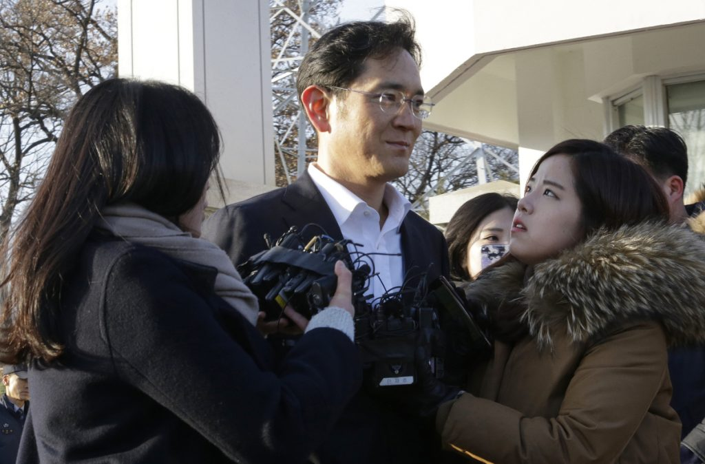 Lee Jae-yong, vice chairman of Samsung Electronics, leaves a detention center in Uiwang, South Korea, on Monday. Lee served less than a year after being convicted of bribery, embezzlement and perjury.