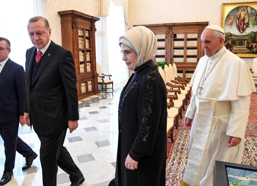 Erdogan meets the Pope in the Vatican