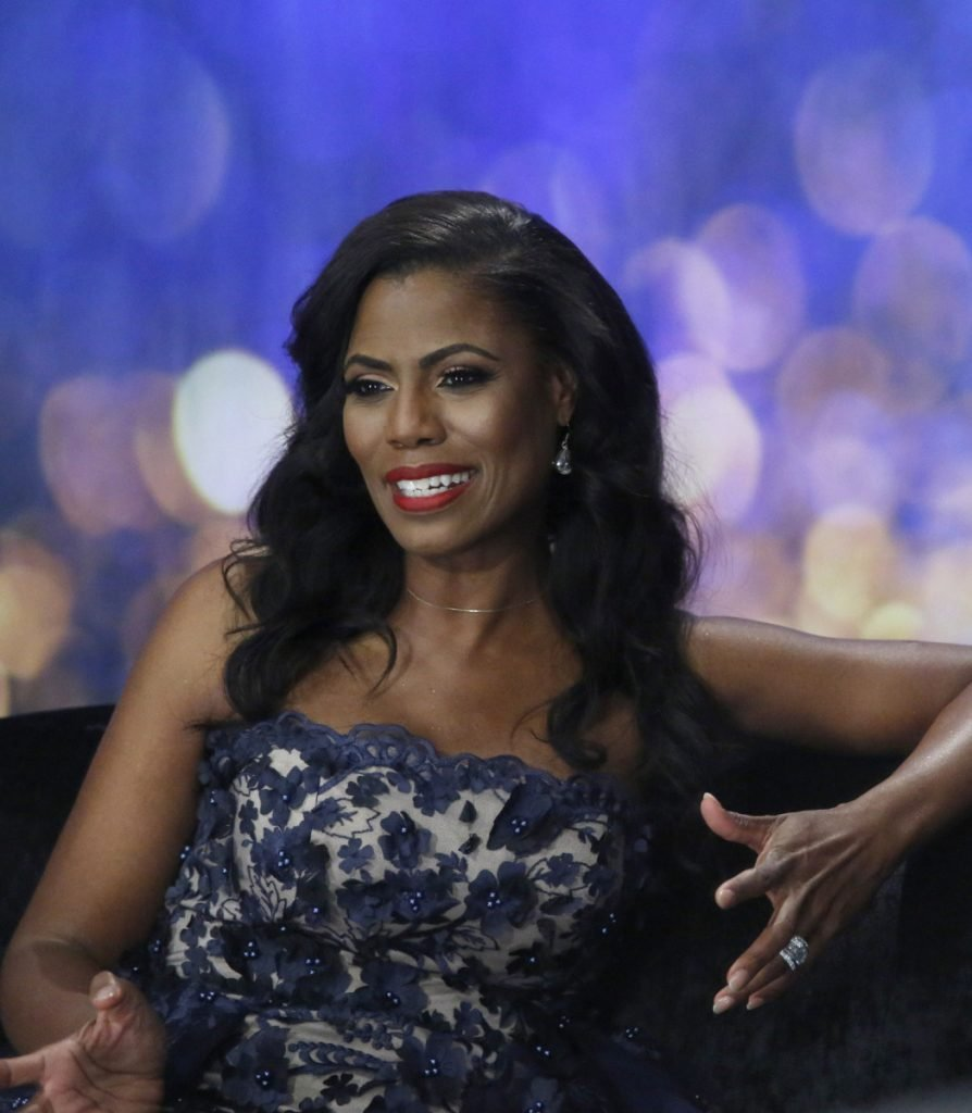 Piers Morgan Tells Tucker Carlson That Omarosa Propositioned Him On 'Celebrity Apprentice'