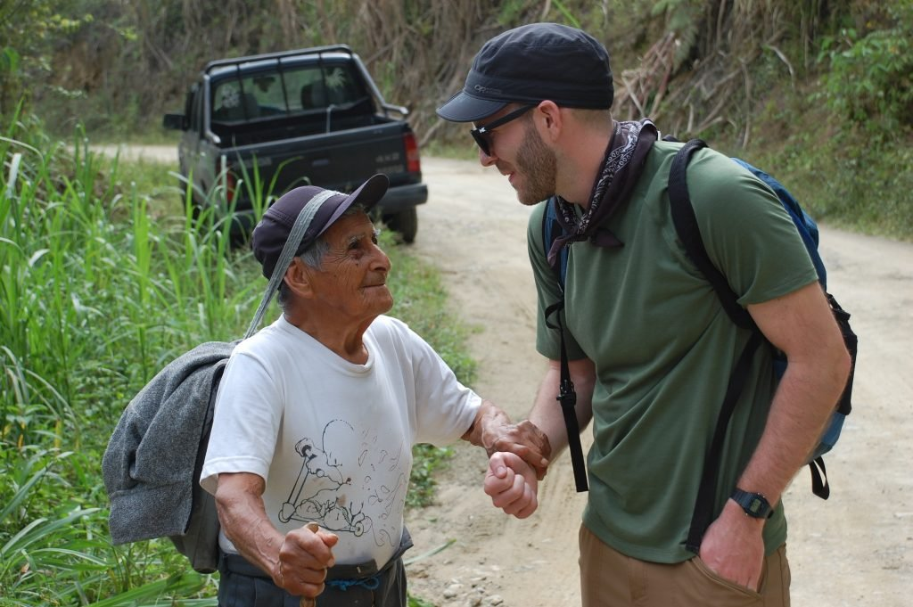 Don Emilio of El Progreso, Ecuador welcomes environmental engineer and Hannaford employee Kevin Hennigan of the Portland EWB chapter.