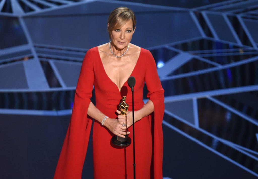 Allison Janney wins first Oscar for 'I, Tonya'