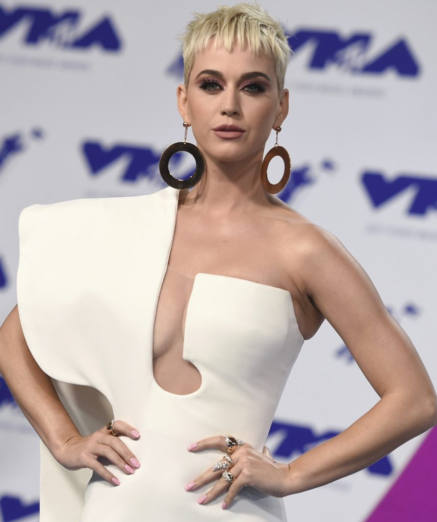 Katy Perry's efforts to buy a former convent in Los Angeles have been opposed by nuns who lived there.
