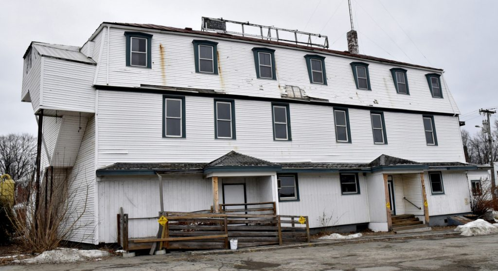 The closed Kennebec Valley Inn in Skowhegan has been sold to the Skowhegan Economic Development Corp.