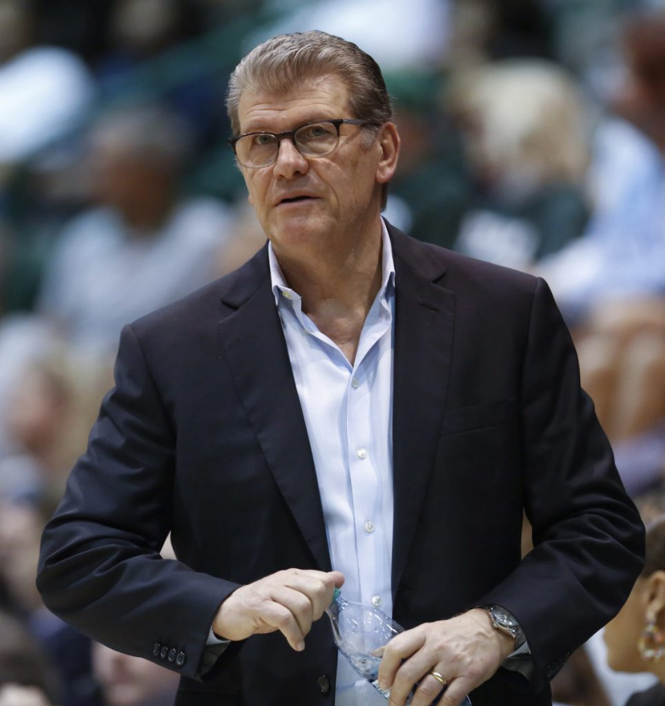 Geno Auriemma's UConn women are undefeated but still have plenty of motivation after falling to Mississippi State in last year's semifinals.