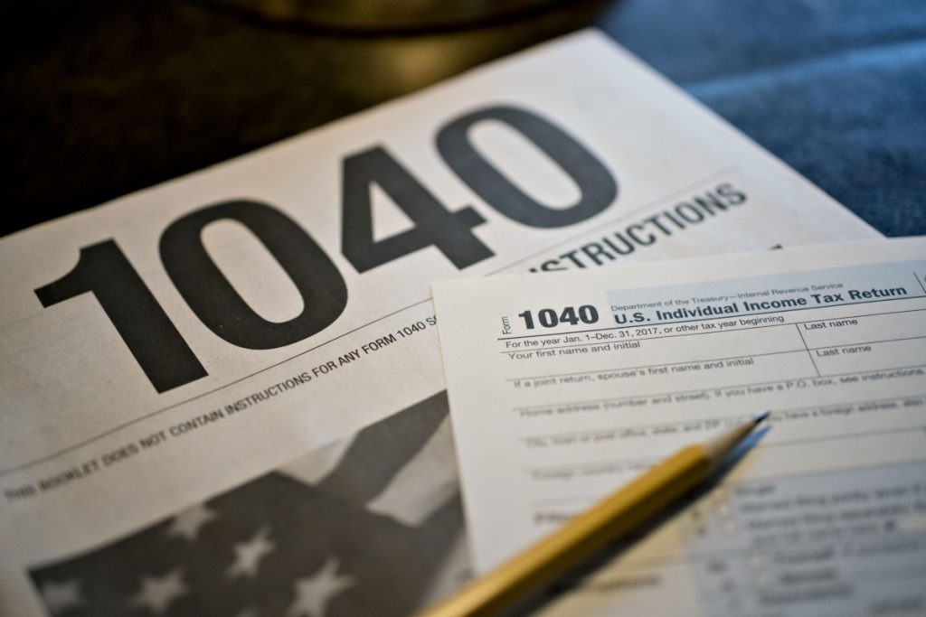 1040 Individual Income Tax forms for the 2017 tax year. MUST CREDIT: Bloomberg photo by Daniel Acker