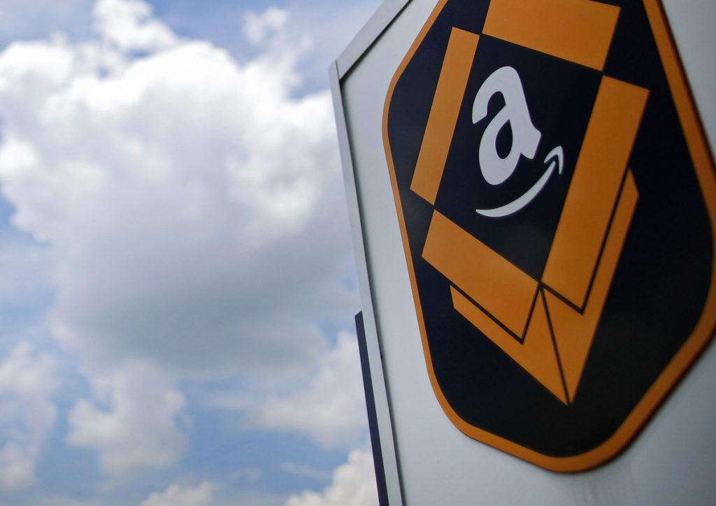 The Amazon.com logo in Kenosha, Wisconsin, on  Aug. 1, 2017. MUST CREDIT: Bloomberg photo by Jim Young.