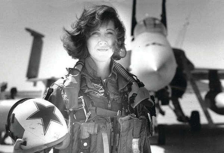 Pilot Tammie Jo Shults is photographed in the early 1990s.
