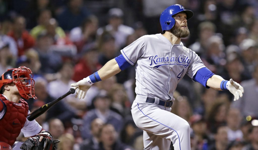 Gordon, Soler lift Royals over Red Sox in 13 innings