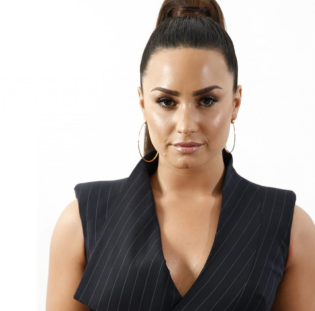 Demi Lovato has been hosting wellness sessions for a few hundred fans before her performances.