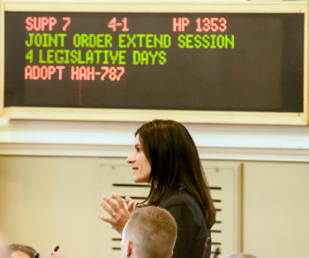 Lawmakers override LePage's veto of legal marijuana rules