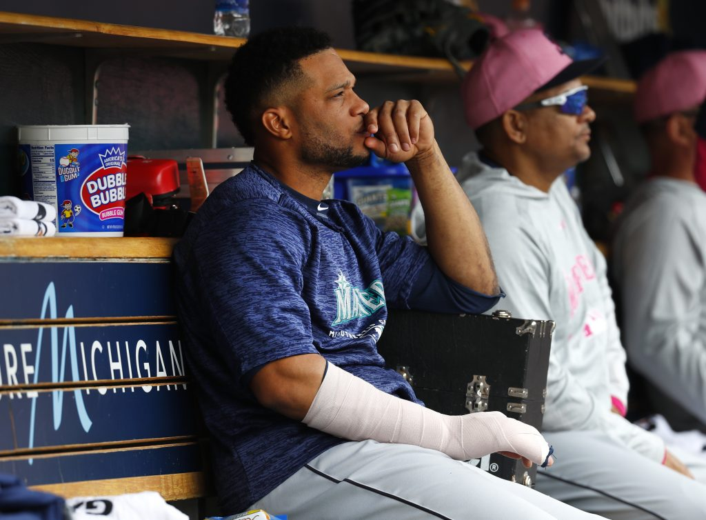Robinson Cano broke his right hand Sunday when he was hit by a pitch against the Detroit Tigers.
