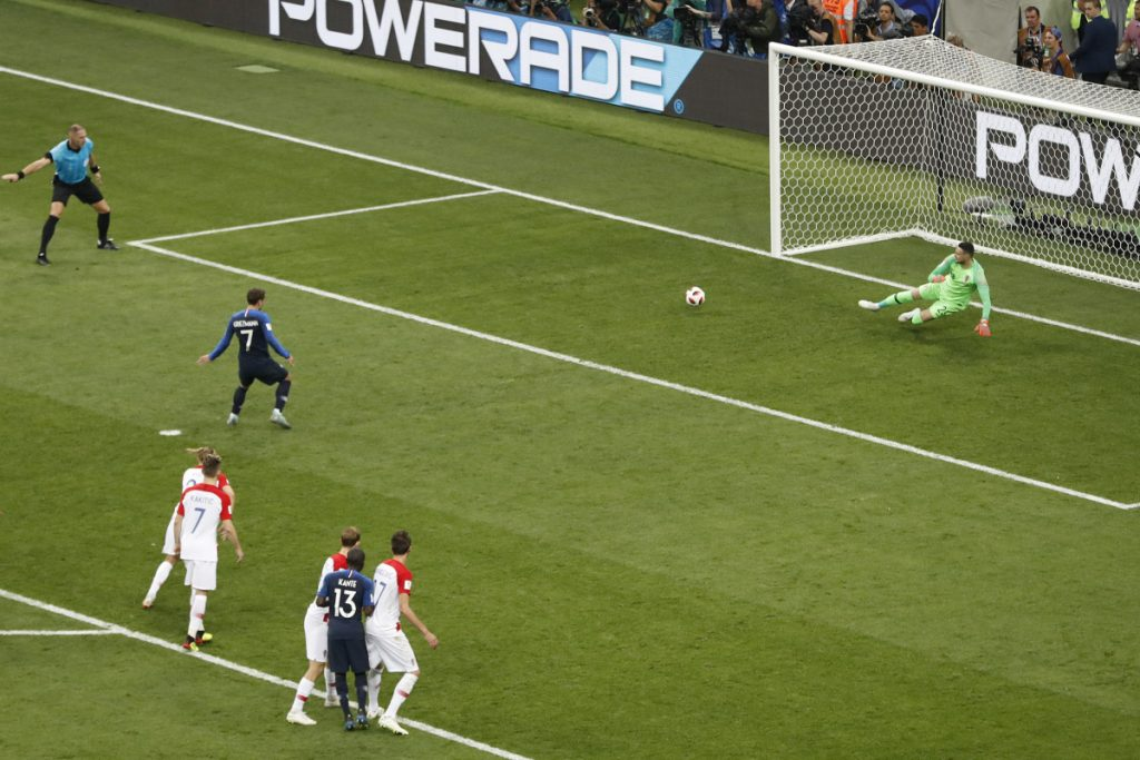 France beat Croatia 4-2 for second World Cup title