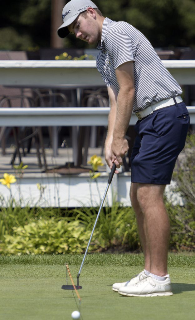 Sam Grindle was the top amateur at the 2015 Charlie's Maine Open. He is playing the tournament as a pro for the first time this week.