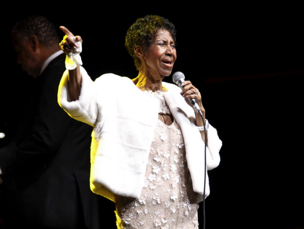 Aretha Franklin sings in New York in November 2017. Notable figures such as Stevie Wonder and the Rev. Jesse Jackson have visited the soul legend, 76, who was reported ill Monday.