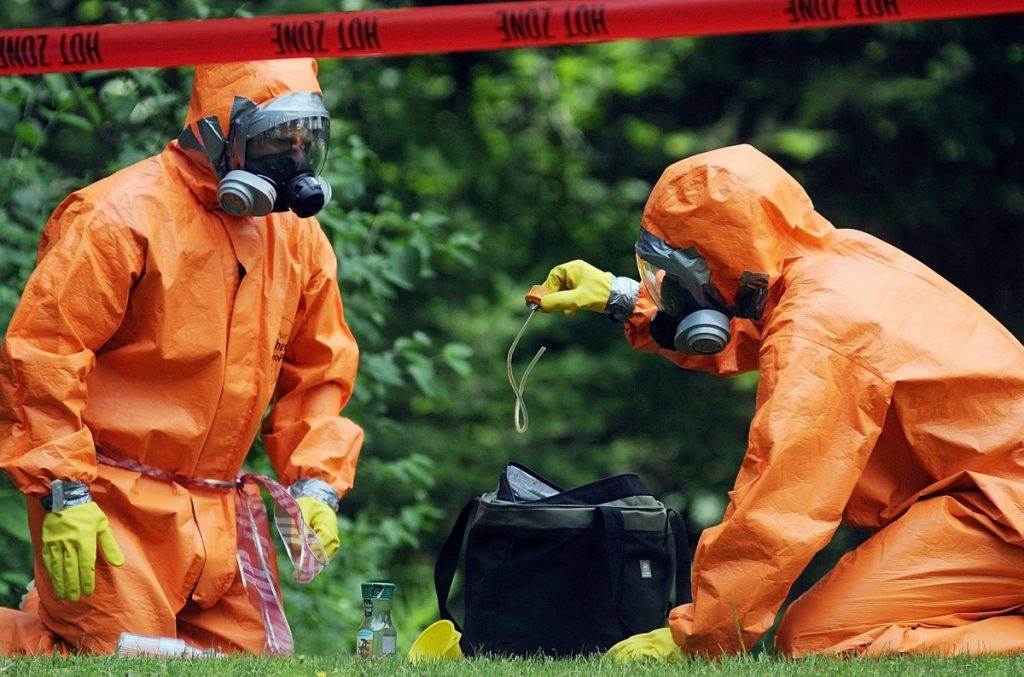 Agents take part in a 2012 raid of an alleged meth lab. A reader is warning the public not to become an unwitting meth accomplice.
