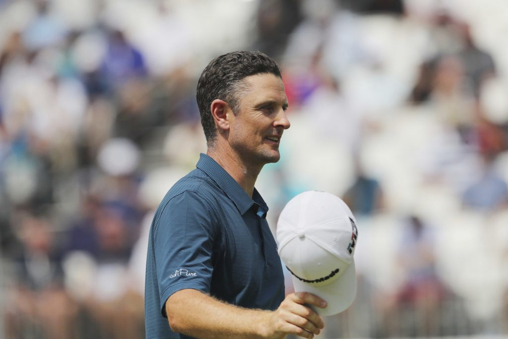 Justin Rose shot 64 on Sunday and has a one-shot lead at the BMW Championship on Saturday in Newton Square, Pennsylvania.