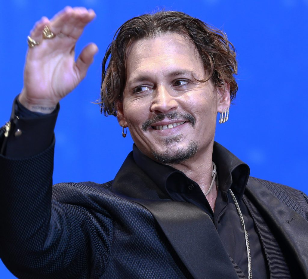 Johnny Depp has relisted his Kentucky horse farm with a lower asking price after his portfolio managers rejected an offer.