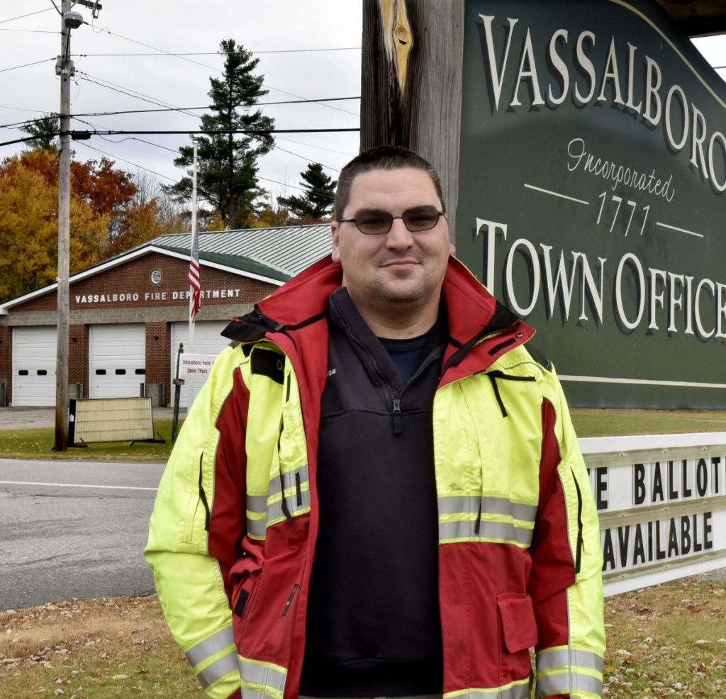 "Dan Mayotte, director of the Vassalboro First Responder Service, says there is a pattern of errors by dispatchers at the state-run Regional Communications Center in Augusta that he would like to see addressed. ""Seconds matter in a cardiac arrest call,"" he said."