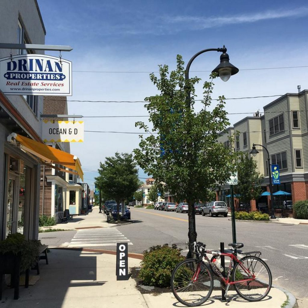 A public forum Thursday will gather input on how people would like to see zoning and development handled in Knightville, above, which has a mix of businesses and housing.