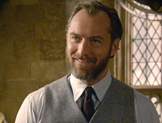 Jude Law's Dumbledore gets J.K. Rowling's blessing ...