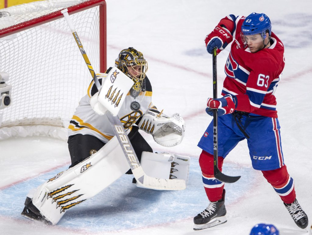Halak earns shutout as Bruins cool off Canadiens