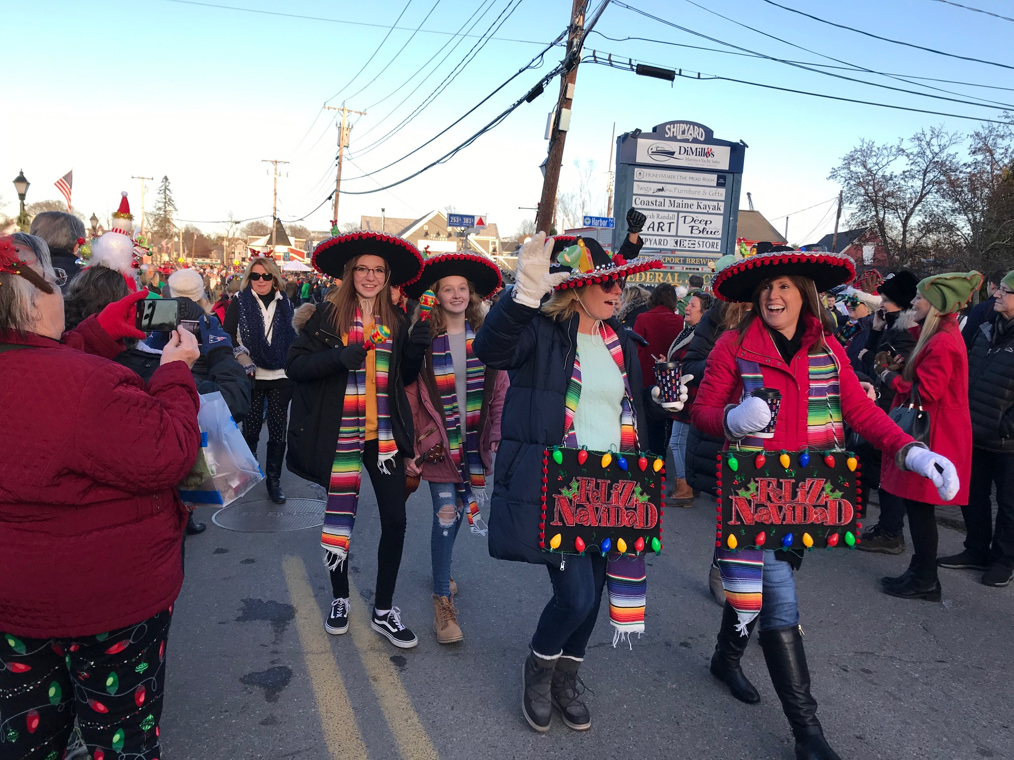 Kennebunkport Christmas Prelude 2019.Fun And Festivities Mark 37th Annual Prelude Journal Tribune