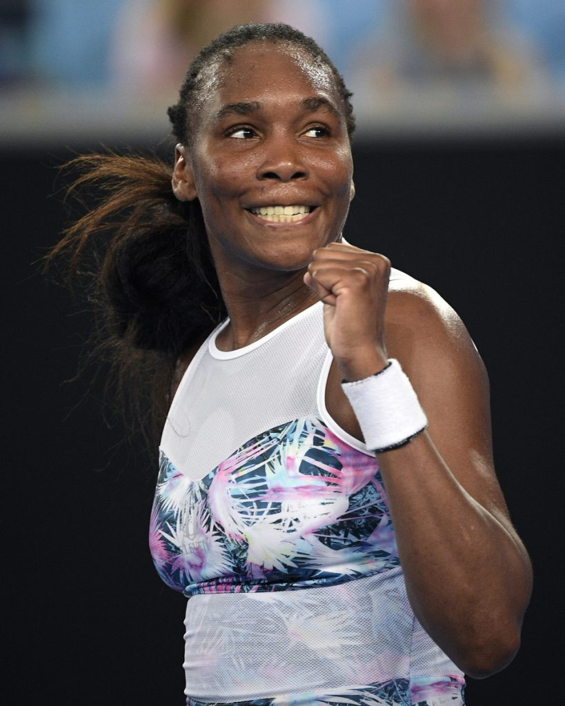 Venus Williams defeated Alize Cornet on Thursday, setting up a third-round match with the top-seeded Simona Halep.