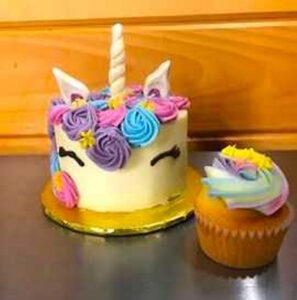 Raegamuffins Gluten Free Bakery In Veazie Made This Vegan Unicorn Cake For A Little Girls Birthday Party Inside Is Marble And The Frosting