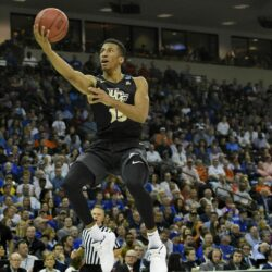 CORRECTION_NCAA_UCF_Duke_Basketball_55646