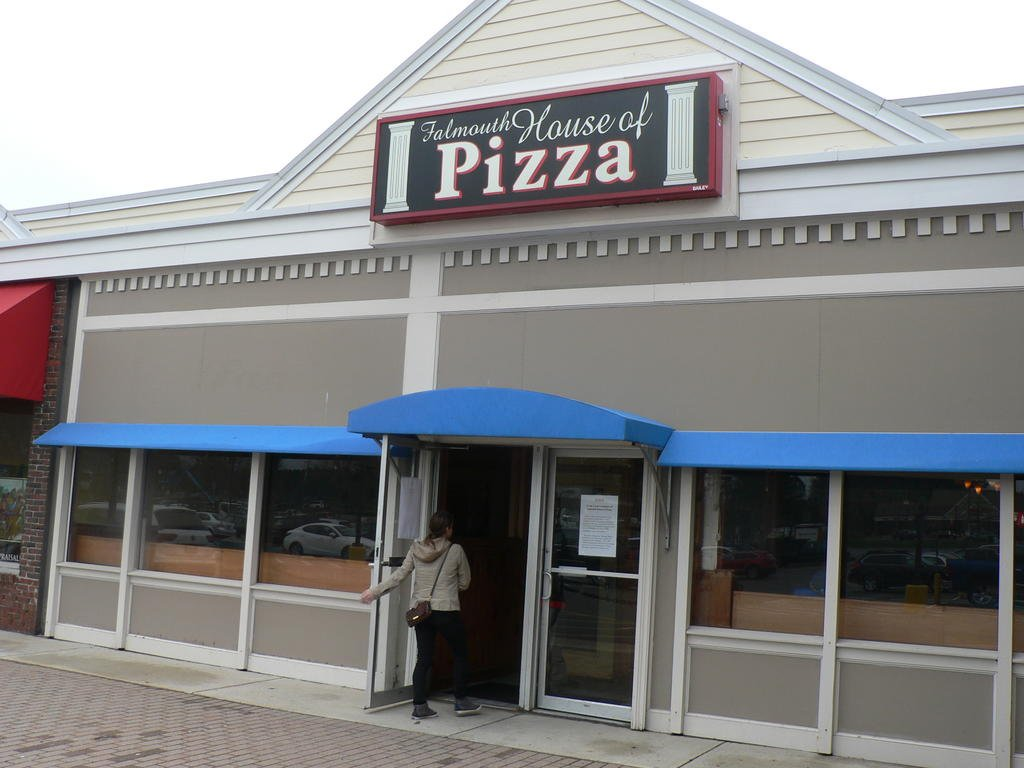 Family Ties Unravel At Falmouth House Of Pizza Portland