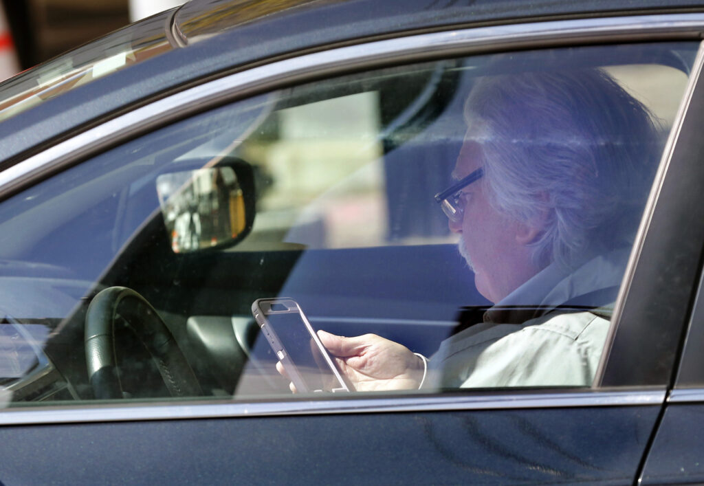 Hands-free driving law goes live – with one expensive mixup   The Times Record