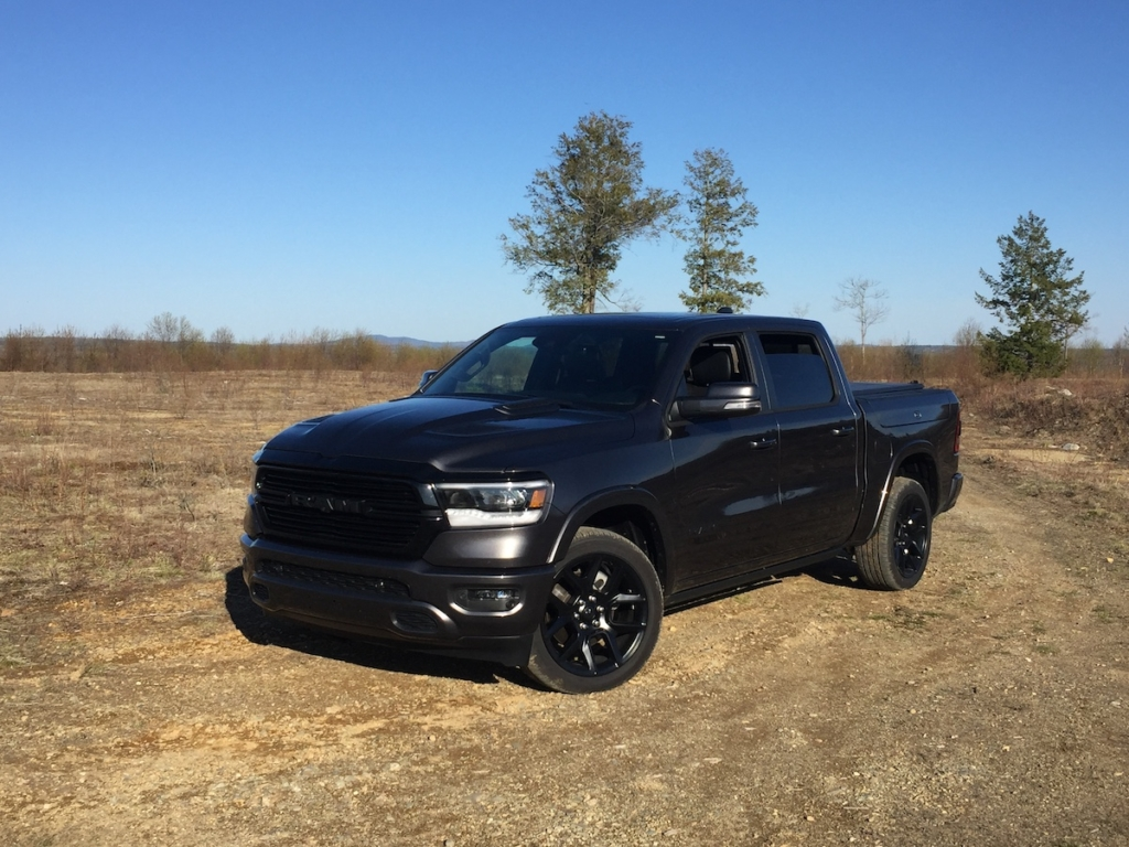 EPA fuel economy estimates for the Ram Laramie are 17/22/19-mpg, with a realized 18.5-mpg.